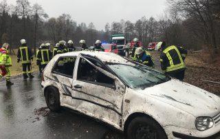 TH 1 - Verkehrsunfall mit eingeklemmter Person