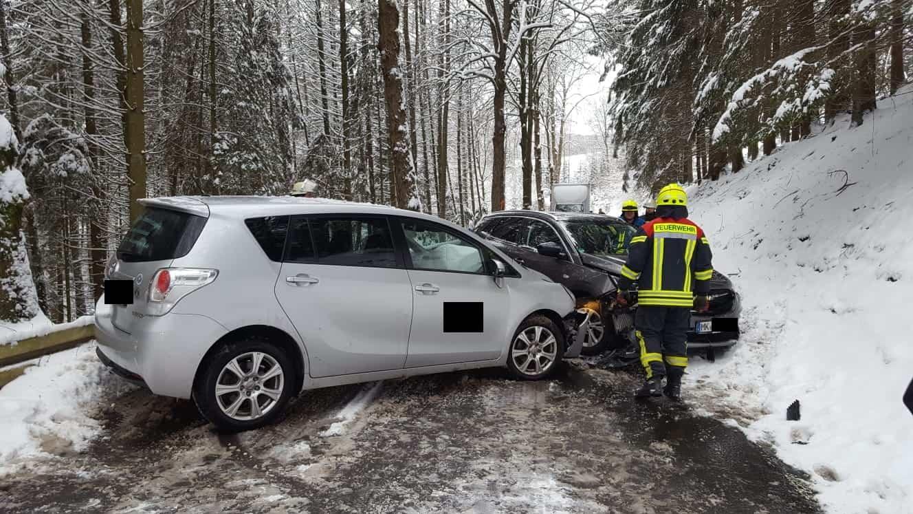 Verkehrsunfälle auf glatten Straßen