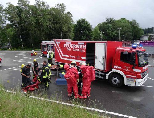 Ausgetretene Chemikalien – ABC Einsatz für die Feuerwehr Meinerzhagen