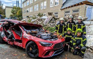 Kameraden der Feuerwehr Meinerzhagen trainieren bei den Weber Rescue Days